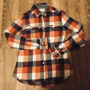 Ladies Field and Stream Flannel Button Up Shirt S